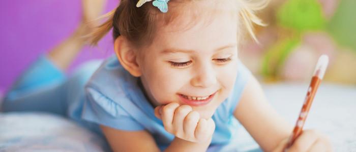 small-girl-writing